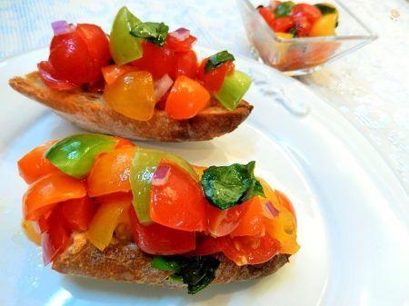 カラフルプチトマトでブルスケッタ