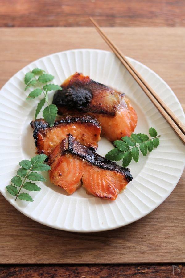 鮭のはちみつ味噌漬け