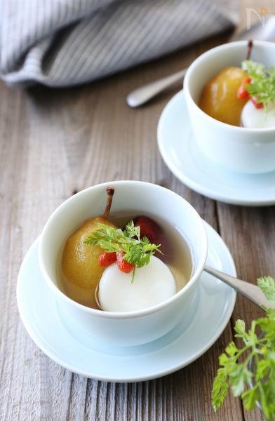 白玉入りプルーンのシロップ煮とナツメのスイーツ