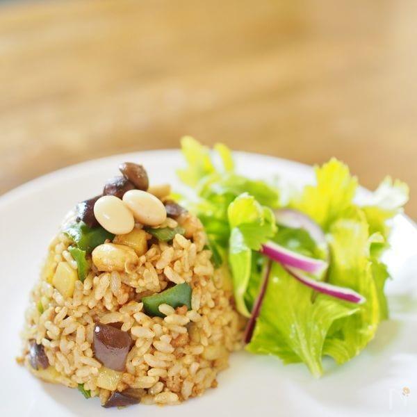 野菜&お豆いっぱい!カレー味の焼飯