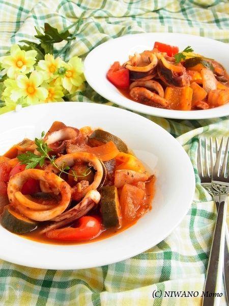 いかと夏野菜の南欧風煮込み
